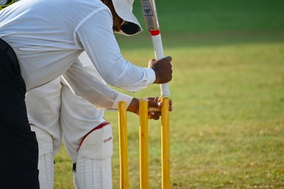 Why you can't have both: Cricket and hotspot deals for the super rich
